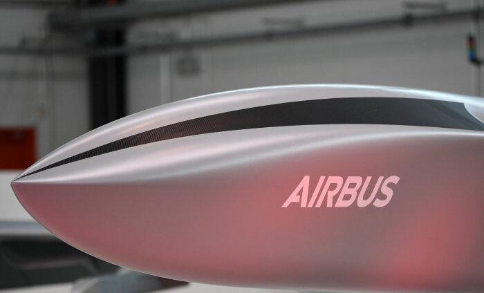 Airbus объявил о планах построить к 2035 году водородный самолет с нулевым уровнем вредных выбросов
