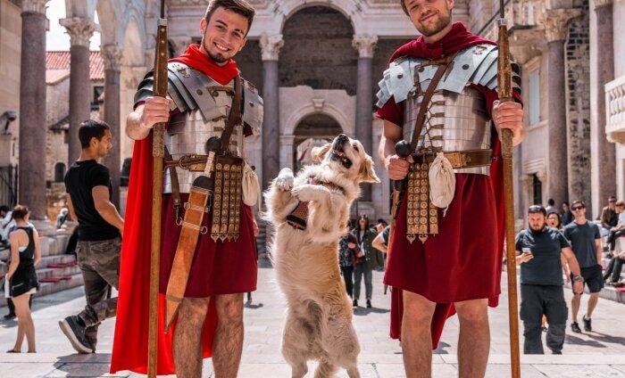 Доспехи не носить, на лестнице не сидеть: за что штрафуют туристов в Италии