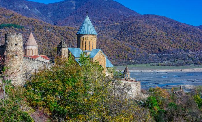 Путешествие в Грузию: по волнам минеральных вод