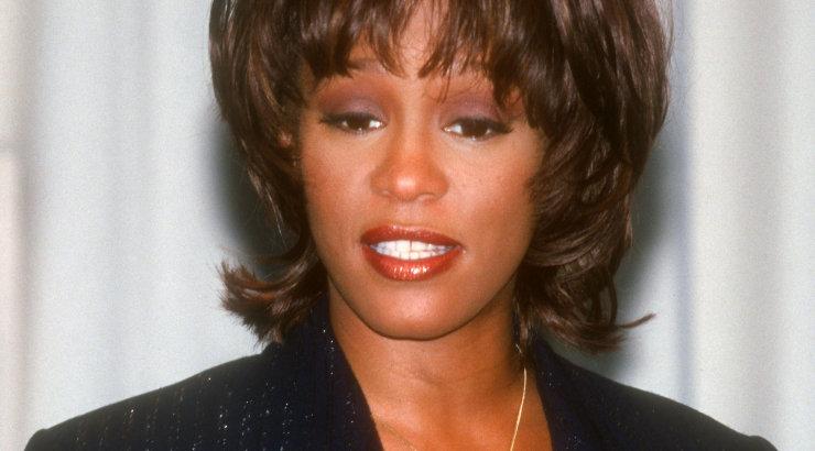 Whitney Houstoni parim sõbranna paljastab armusuhte lauljannaga: me tahtsime lihtsalt koos olla