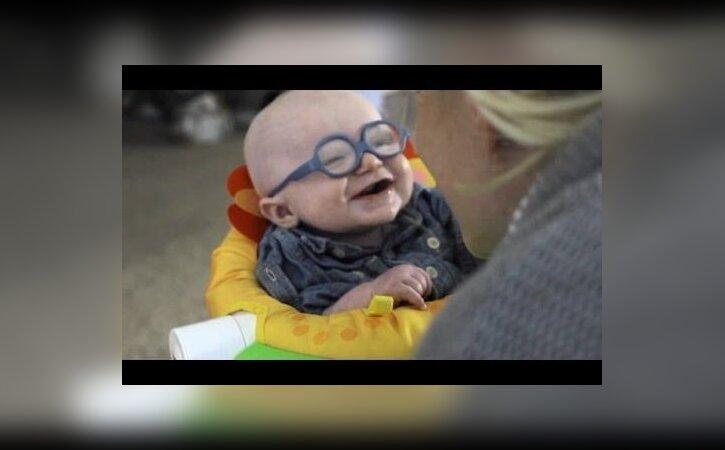 VIDEO: nii armas — beebi näeb oma vanemaid esimest korda!