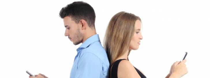 Loobu sotsiaalmeediast: see ajab paarid tülli ja muudab lahkuminekud valusamaks, pikemaks ja avalikumaks