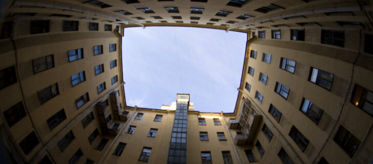 Загадки Санкт-Петербурга: как в северной столице появились дворы-колодцы