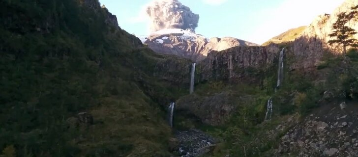 VIDEO: Matkavideole jäi kogemata peale Tšiili vulkaanipurske esimene hetk