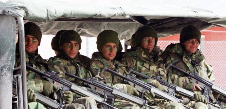 Hävitaja kaotanud Türgi viis Süüria piirile õhutõrjerelvad