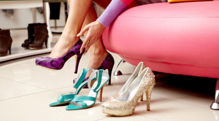 Seda peaksid teadma kõik mehed: miks kingade ostmine nii kaua aega võtab?