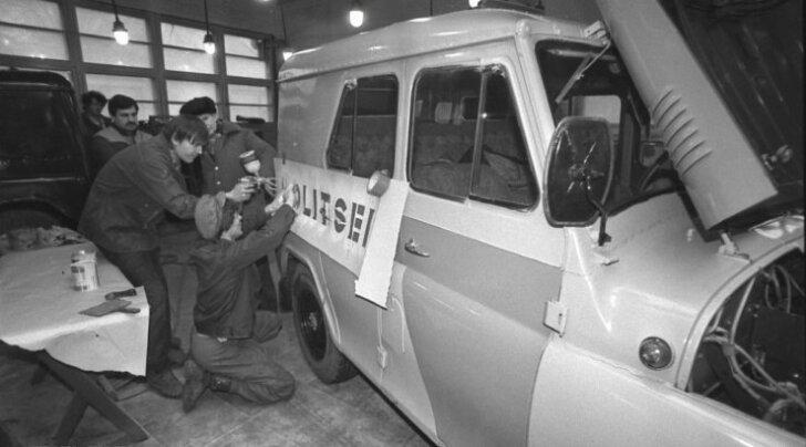 Eesti politsei taasloomine aastal 1991. Foto on illustratiivne.