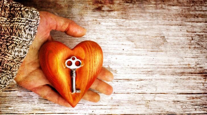 Armastus on võti, mis avab ukse hingerahu ja õnneliku elu juurde