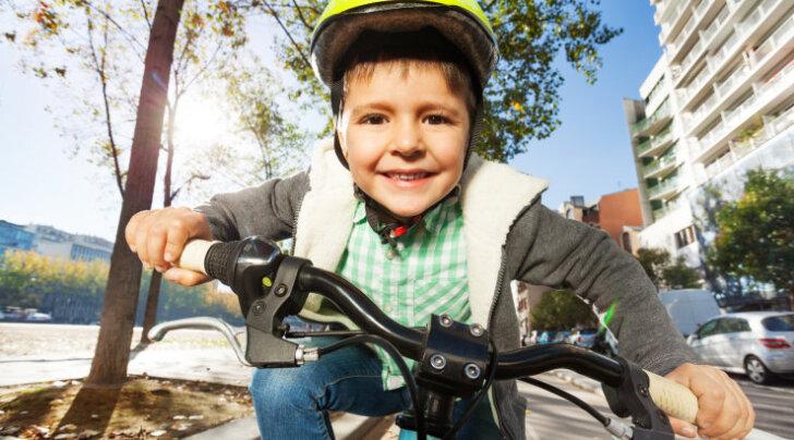 Liiklusekspert: Lapse tee juhiloani võib olla pikk ja käänuline