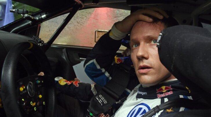FOTO: Sebastien Ogier tegi uue Fordiga testisõidul avarii