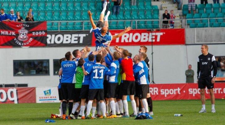Teised alad vaatavad tihti jalgpalli kadedusega. Isegi Eesti jalgpall, mis ei ole maailma mõistes mingi tegija, on suutnud kaasata palju eraraha. A. Le Coq, LHV, Triobet jt ei ole viletsad nimed, keda toetajaks saada. Fotol Eesti-Andorra maavõistlus.