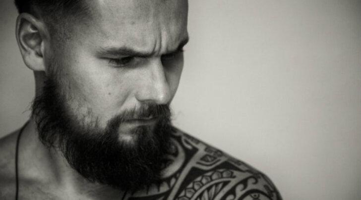 """Jesper Parve: raamat """"Mina olen mees"""" peaks olema iga endast lugupidava mehe riiulis aukohal"""