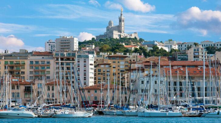 Определен самый дешевый город Европы для поездки на выходные