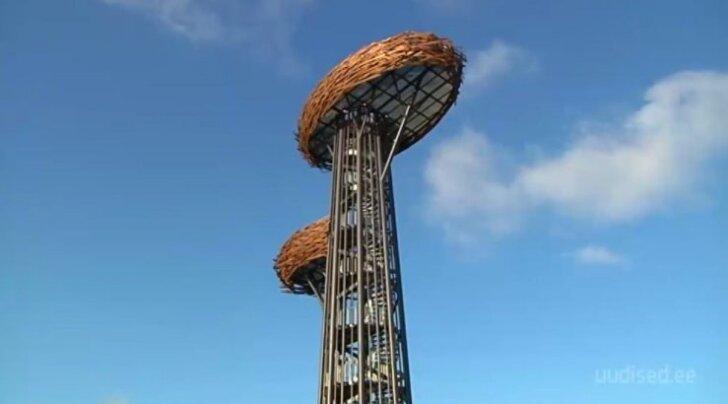 """Rõuge Ööbikuorus avati Võrumaa kõrgeim vaatetorn """"Pesapuu"""""""