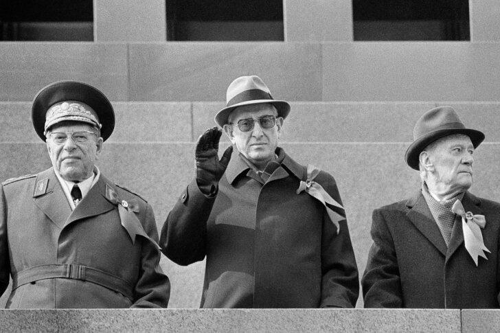 Kui Juri Andropov juhtis Nõukogude Liitu: oleme toiduainete ostmisele kulutanud kümneid miljardeid kuldrublasid