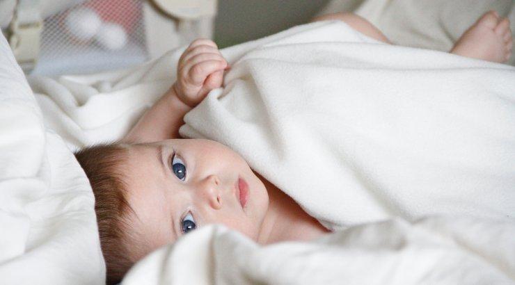 Vanemad keelduvad avaldamast oma pooleteistaastase beebi sugu, et kaitsta last eelarvamuste eest