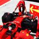 FOTO | Mis eesmärki täidab Ferrari autodel nähtud kollane jääkott?