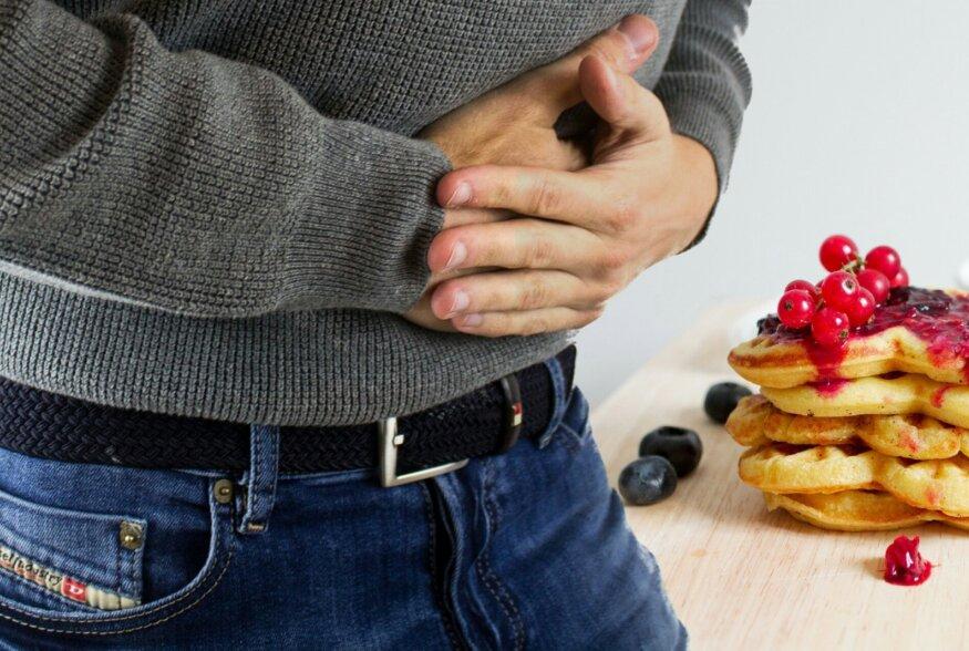 PUUST JA PUNASEKS   Salmonelloos võib halvimal juhul lõppeda surmaga. Mis haigus see on ja kuidas see ikkagi levib?