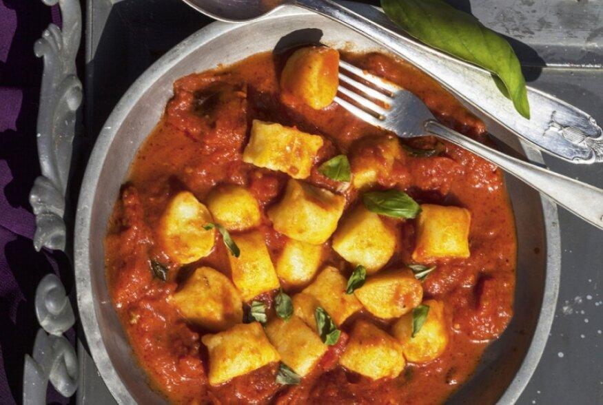 Kartuli-gnocchi tomatikastmes