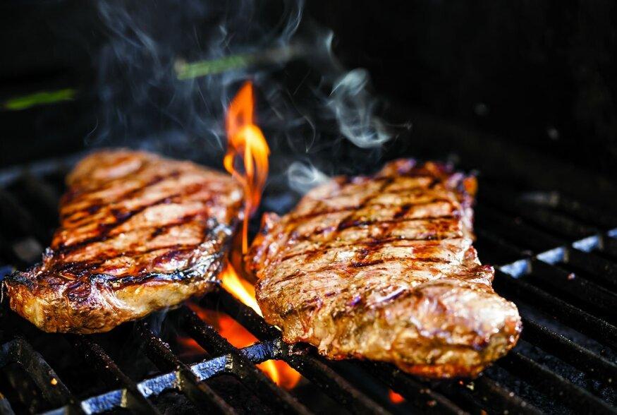 GRILLIMISE A&O: Vaata järele, kuidas võivad valed grillimisvõtted tervisele kahju tuua