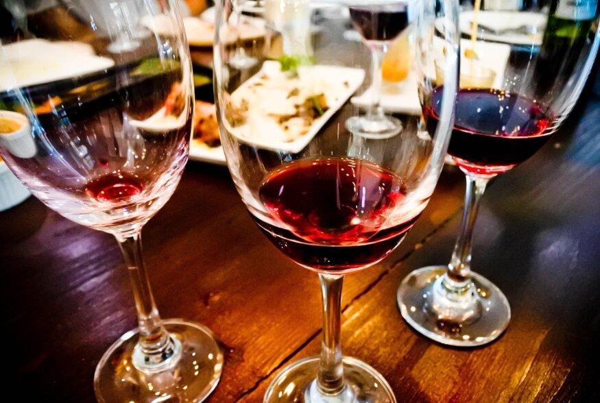 Mõõdukas punase veini tarbimine vähendab stressi.