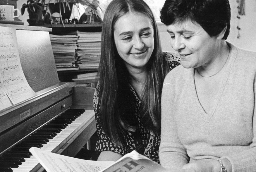 Anya Von Bremzen koos emaga Philadelphias
