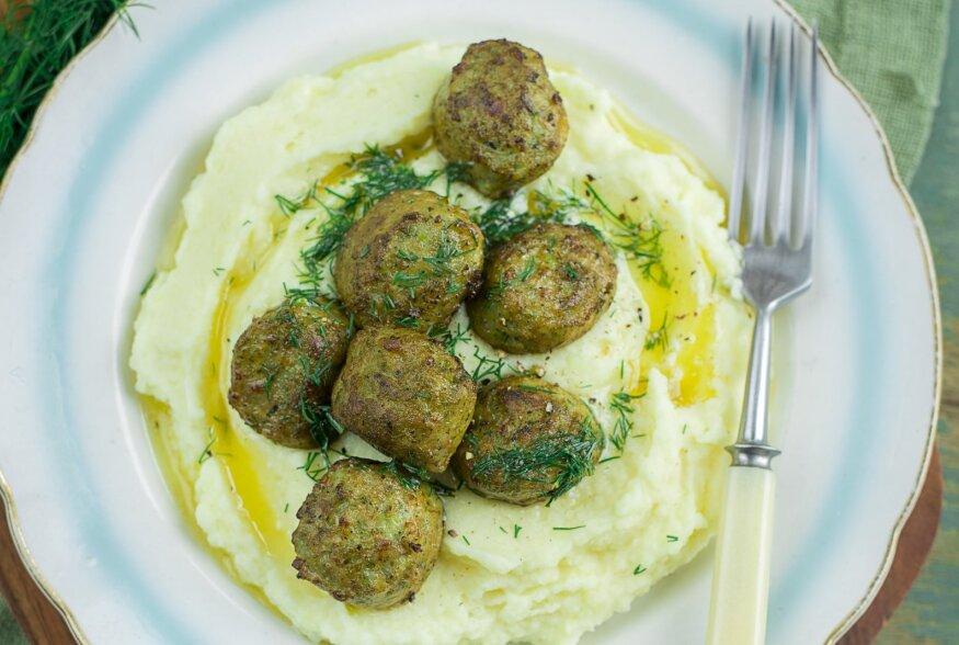 Tarldrikutäis armastust: lihapallid lillkapsa-kartulipüreega