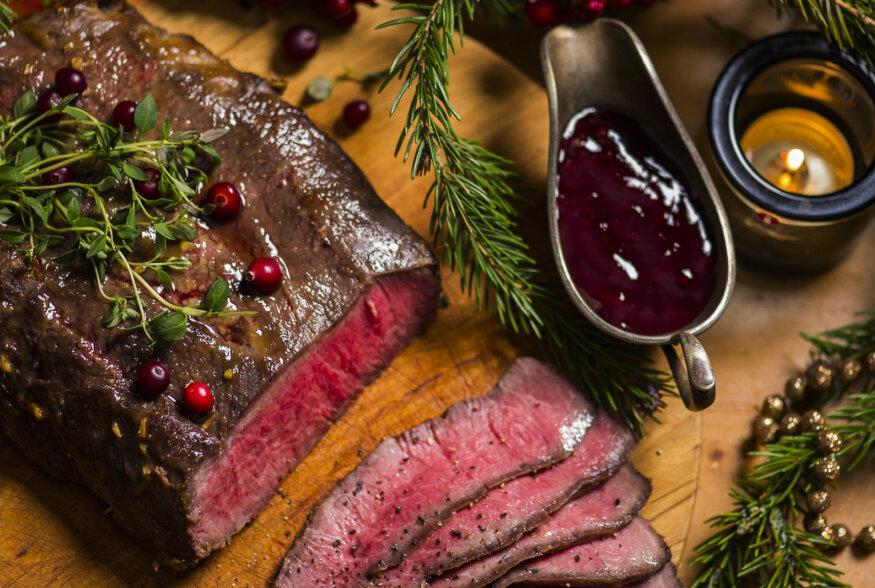 ET SINU JÕULUPRAAD SAAKS KÜMME PUNKTI KÜMNEST! Suurejoonelised jõulupraed: retseptid, küpsetamisnipid, kastmed ja lisandid
