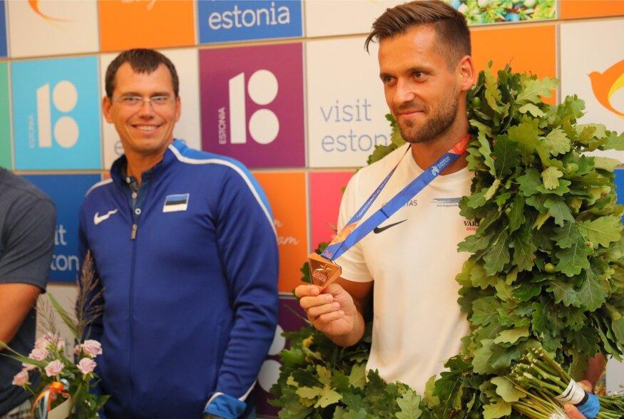 FOTOD JA VIDEO   Eesti medalisangar Magnus Kirt võeti Tallinnas pidulikult vastu