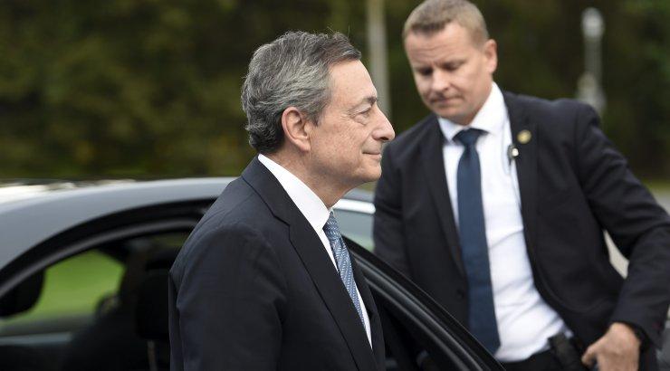Euroopa Keskpanga juht: euroala majanduse paranemist pole silmapiiril