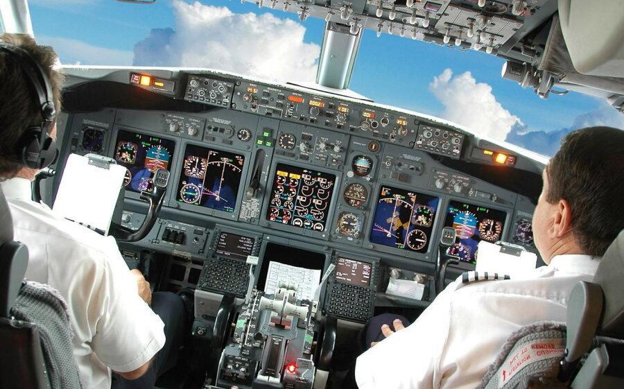 Вближайшем будущем самолеты будут летать без пилотов— исследование