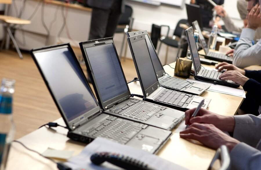 Защита киберпространства в разных странах