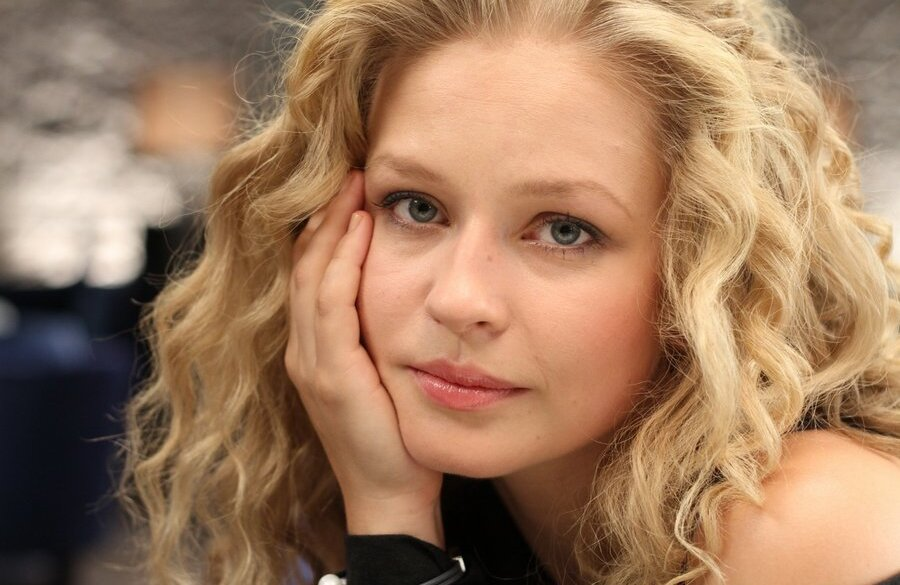 каталог новых российских актрис фото