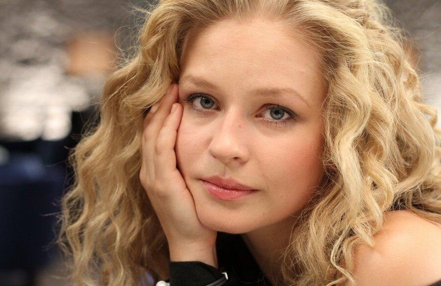 Самая красивая русская актриса