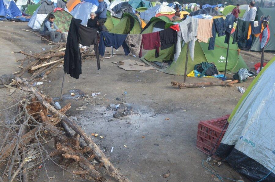 Крупный лагерь беженцев зажегся вГермании, есть пострадавшие