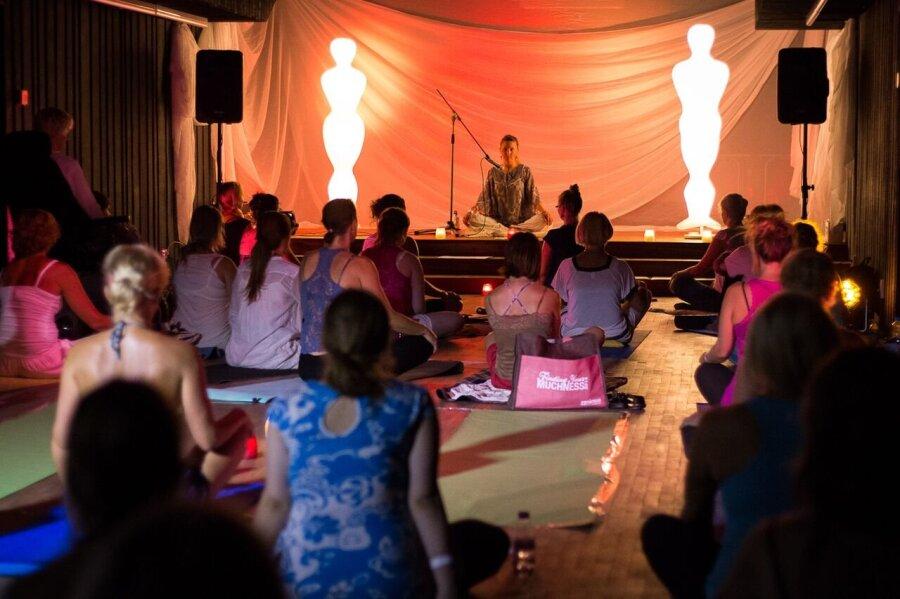 198db12370c Suur joogastiilide tutvustus: sanathana dharma jooga, sufide pöörlemine,  šivananda jooga