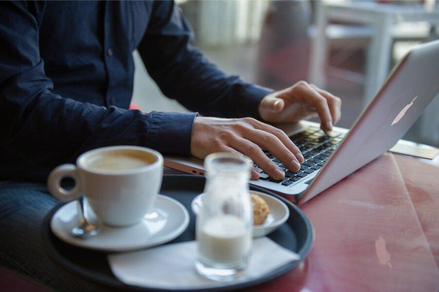 СМИ узнали опланах США расширить запрет напровоз ноутбуков всамолетах