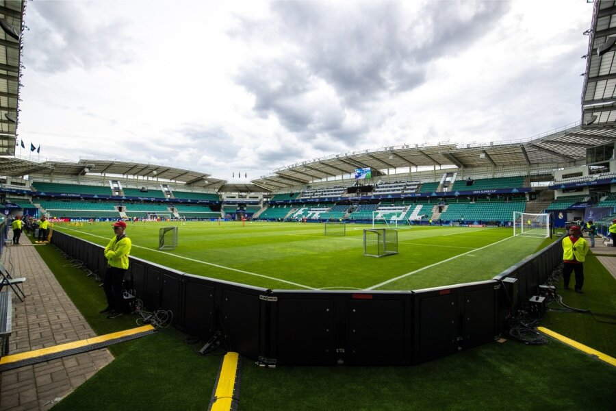 9c19e8ecbab Jalgpalliliit soovitab tänasele UEFA karikamängule jõudmiseks varuda ...