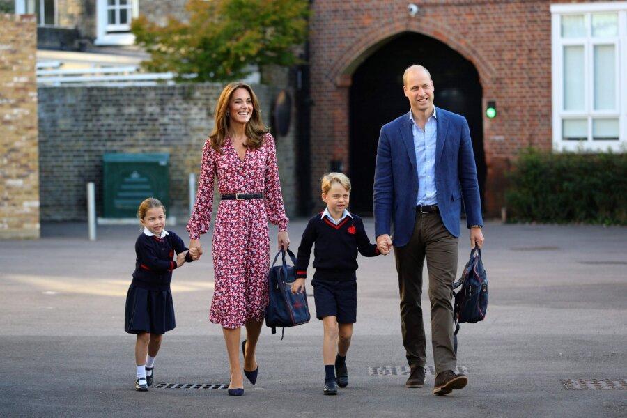 FOTOD JA VIDEO | Kuninglik perekond tähistas printsess Charlotte'i esimest koolipäeva