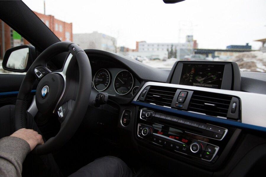 685c8a2a06d Nutika puhkaja meelespea: kuidas rentida autot kõige soodsamalt ...