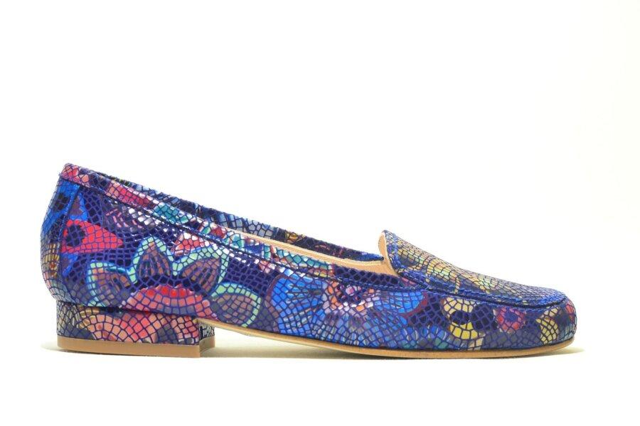 98ef3cd6f85 KIRJU KINGARIIUL: Millised kingad on sel kevadel moes? - Anne ja Stiil