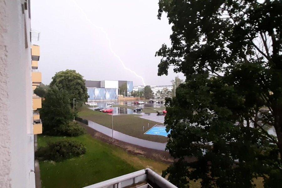 VIDEO ja FOTOD | Äikesetorm põhjustas Viljandis uputuse, segadus on tekkinud ka pealinnas