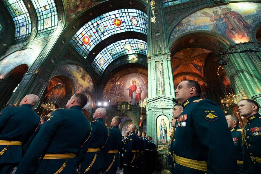 VIDEO | Vene armee katedraali avamisel loobuti Stalini ja Putini piltidest, kuid mitte NSVL-i sümboolikast