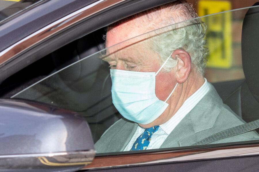 VIDEO | Kas see on märk halvimast? Prints Charles tõttas haiglasse Philipit vaatama, Harry on valmis koheselt Inglismaale lendama