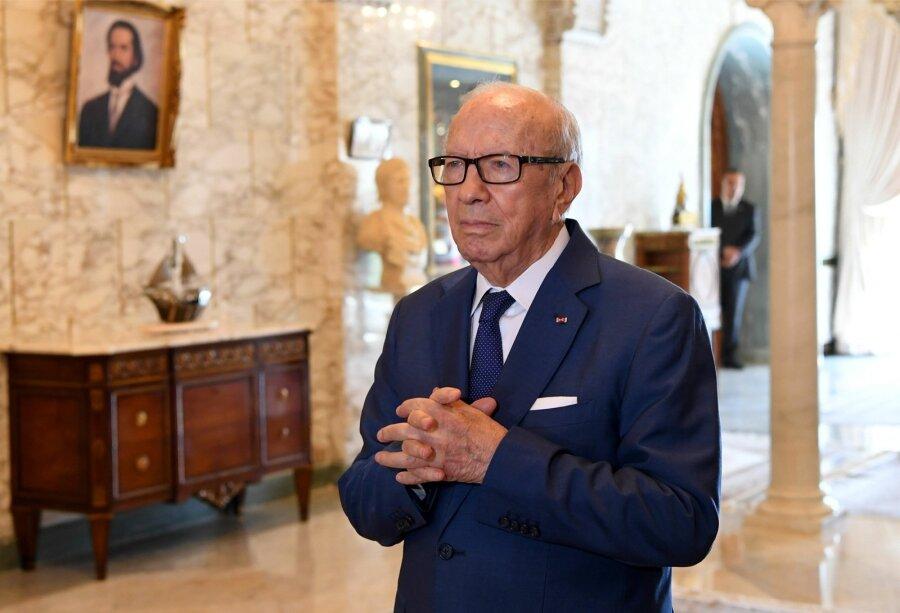 bdb08c31037 Tuneesia 90-aastane president tegi mässulise ettepaneku võrdsustada naiste  jaoks pärimis- ja abielureegleid