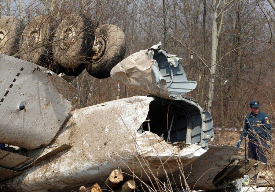 Комиссия по изучению крушения самолета Качиньского отыскала подтасовки вматериалах дела