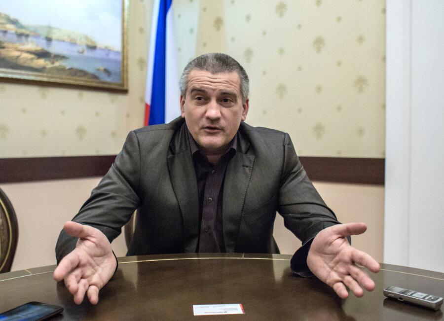 Аксенов неисключил возможности возвращения холодной войны сЗападом из-за Крыма