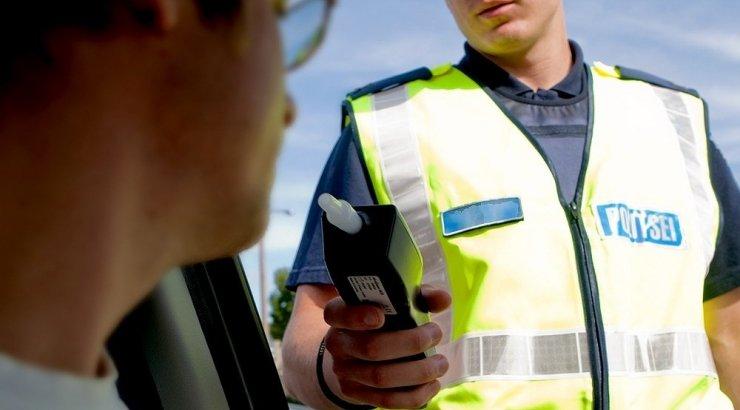 Дорожная полиция сегодня проводит в Риге рейды