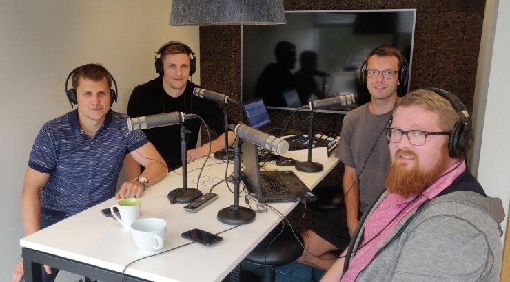 """Podcast """"Kuldne geim""""   Kuldliiga nukratest hetkedest kuni humoorika lugejaküsimuse ja Aganitsa naljadeni"""