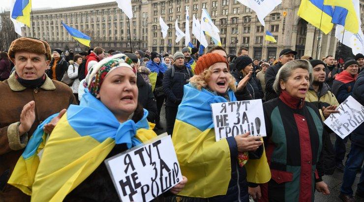 В МВД Украины заявили о 8 тысячах участников акции на Майдане